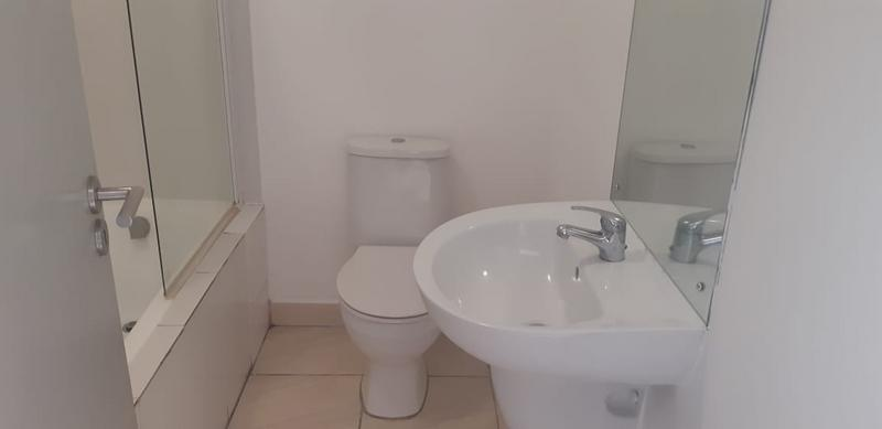 Property For Rent in Brooklyn, Milnerton 7