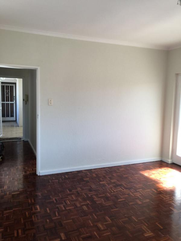 Property For Rent in Kenilworth, Cape Town 5