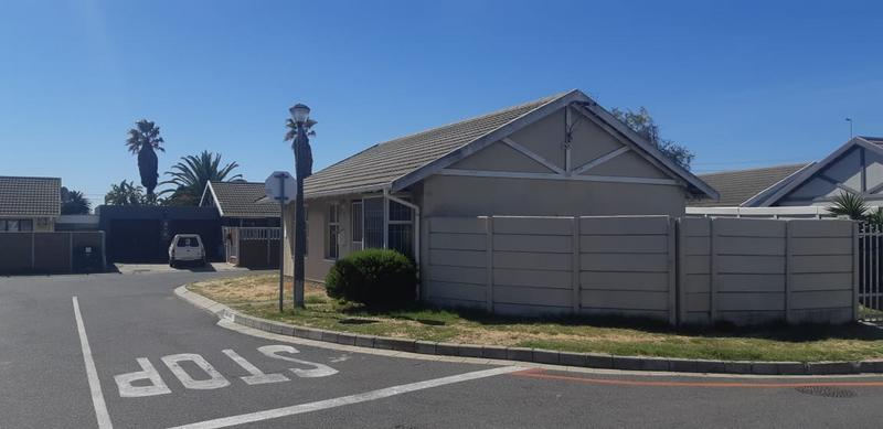Property For Sale in Rugby, Milnerton 2