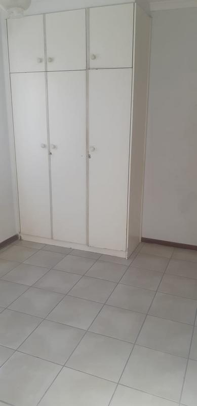 Property For Rent in Brooklyn, Milnerton 12
