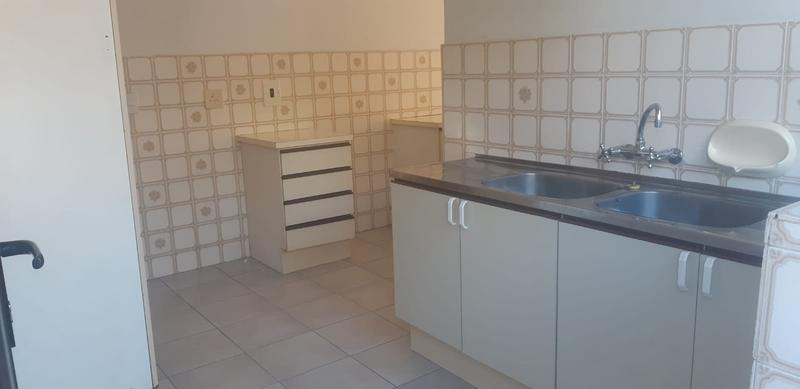 House For Rent in Brooklyn, Milnerton